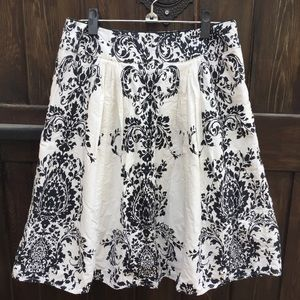 Anthropologie Odille Black Victorian Pleated Skirt